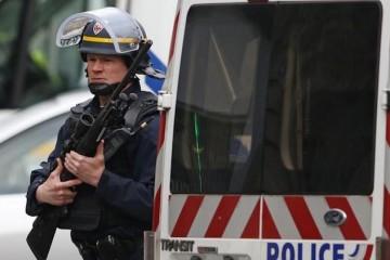 Parigi polizia attentati