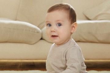 bambino 12 mesi