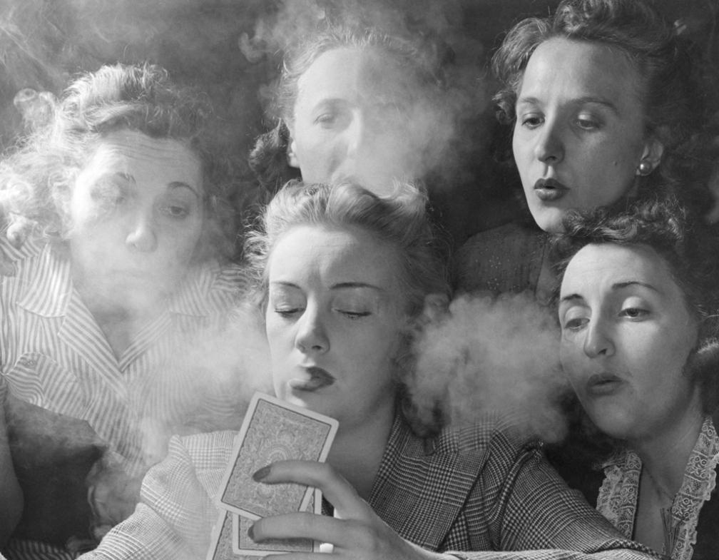 nina_leen_republican_womens_smoker