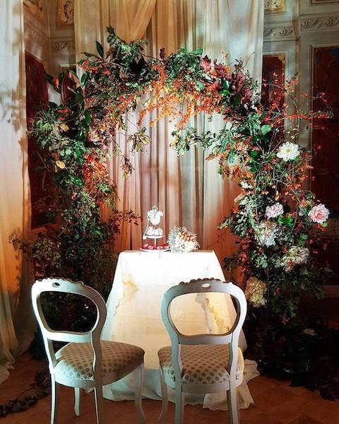 Freen Joy arco di fiori allestimenti