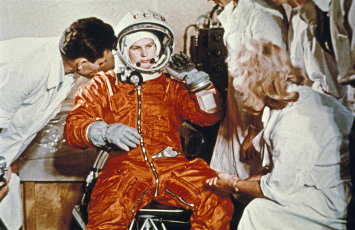 valentina-tereshkova-prepares-launch-1963