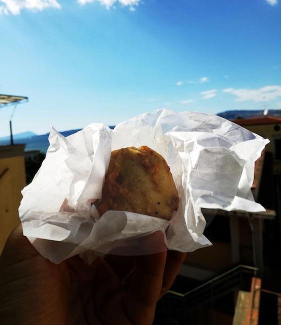 Napoli Street Food_Frittatina-Pellone