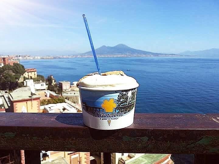 Napoli-Street-Food_gelato_courtesy_Il-Bilancione-min